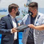 Kicillof, Vila y Espinoza entregaron netbooks a estudiantes de Rafael Castillo